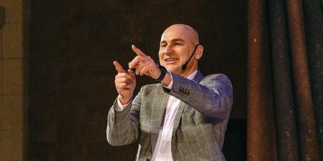 «Харизма лидера» – Радислав Гандапас